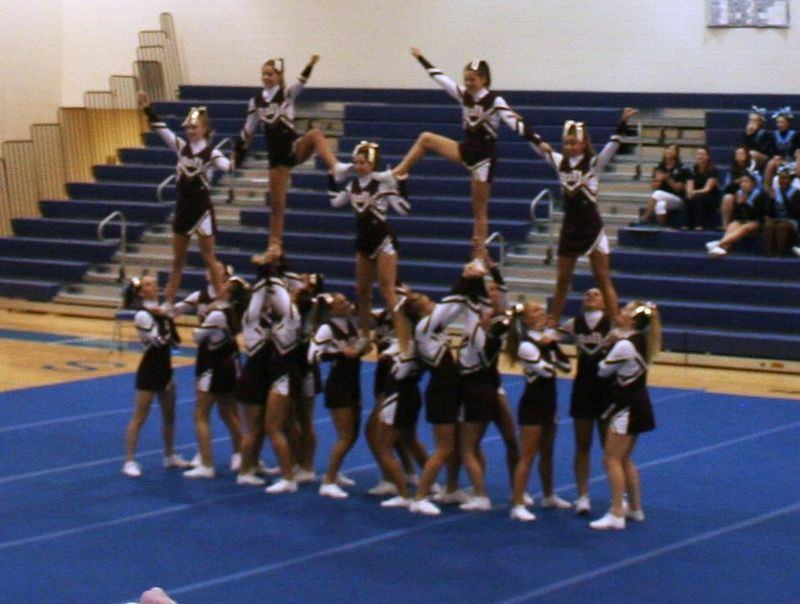 Varsity cheer first competition